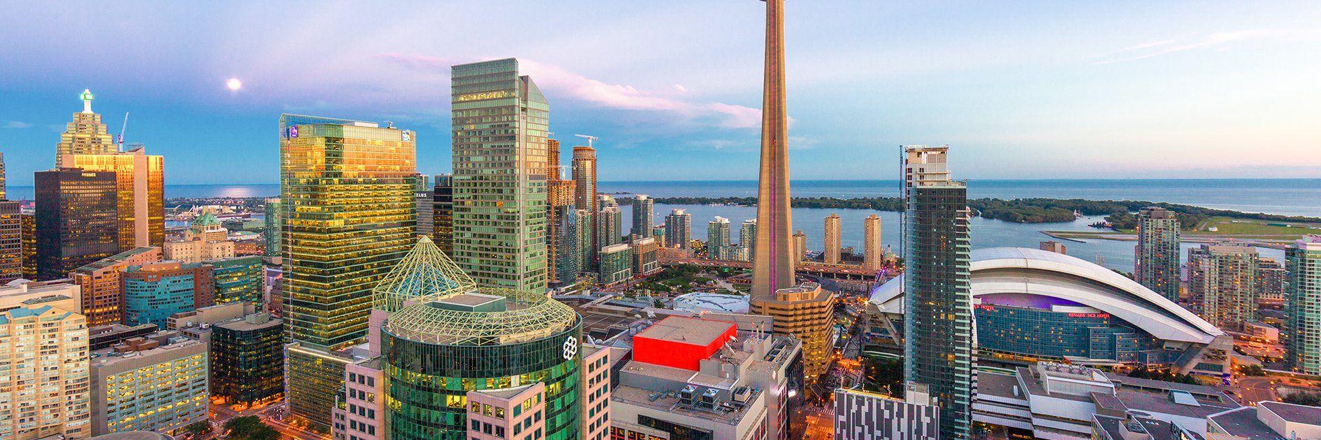 Carte Assurance Maladie Toronto.Sejour Urbain A Toronto Groupe Voyages Quebec Leader De